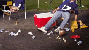 GTY_drunk_football_fan_injury_sk_140129_16x9_608