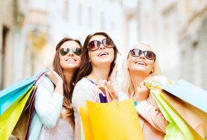 Girls-Shopping