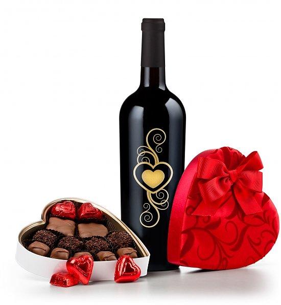 17467b_Valentines-Day-Wine-and-Chocolates
